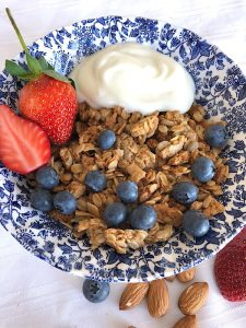 Mulberry Tree crunchy granola